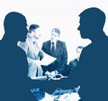 ¿Aceptar la ayuda de un compañero de trabajo para desempeñar una tarea empresarial?
