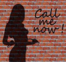 Aceptar publicidad de prostitución en un medio de comunicación