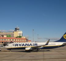 "Ryanair ""low cost"""