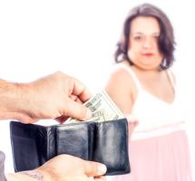 Apoyar causas contra la prostitución forzada