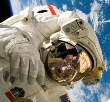 Apoyar la inversión en misiones al espacio