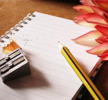 Escribir en un papel los elementos de mi problema de pareja para aclarar mi mente