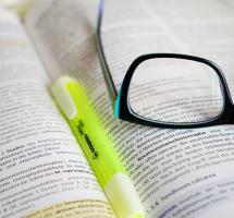 Estudiar para opositar a la función pública