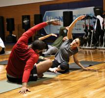 ¿Realizar estiramientos balísticos antes del deporte para mejorar el rendimiento?