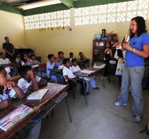 Transmitir valores éticos en los colegios públicos