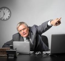 Retrasar despido empleados