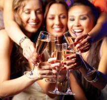 tomar-alcohol-sentirme-menos-timido-gente