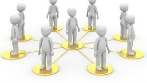 """Identificar a través de las redes sociales internas de la empresa quienes son los """"influencers"""" para convertirlos en embajadores del cambio y de la marca"""
